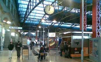 MANCHESTER VICTORIA STATION